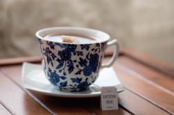 teacup2-morgan-sessions-upsplash